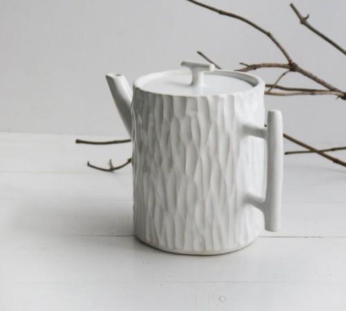 Dzbanek pień drzewa 2